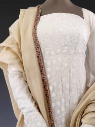 2015HN5410