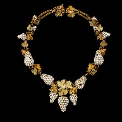 2006AA3800