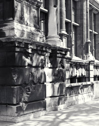 2006AT5128